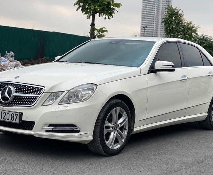 Bán nhanh giá ưu đãi nhất chiếc Mercedes E250 CGi sx 20090