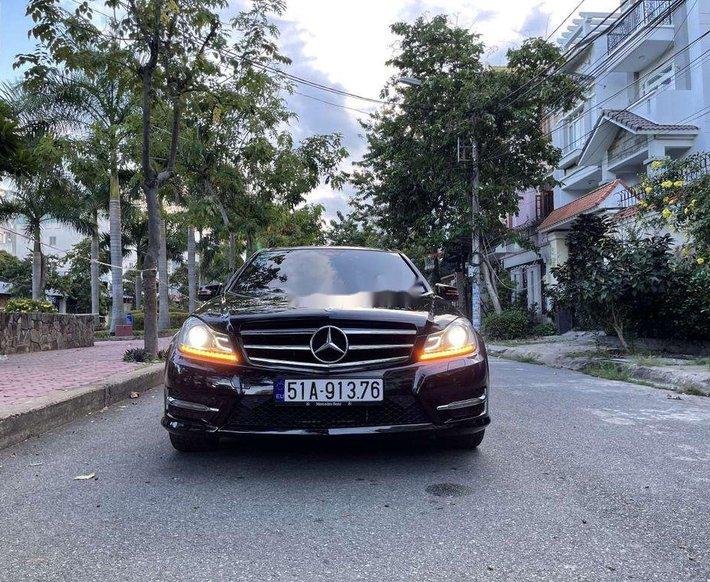 Cần bán lại xe Mercedes C300 sản xuất năm 2013, nhập khẩu còn mới0