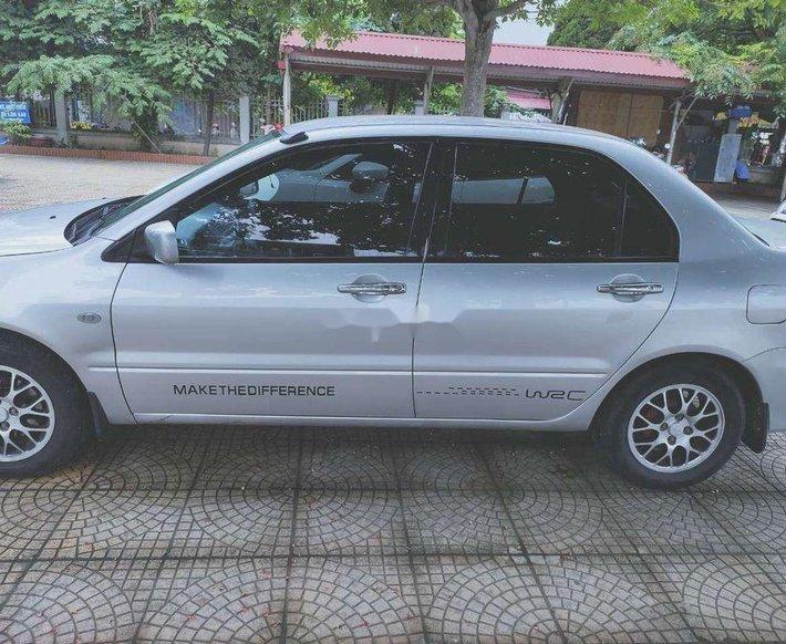Cần bán lại xe Mitsubishi Lancer sản xuất 2004, nhập khẩu còn mới0