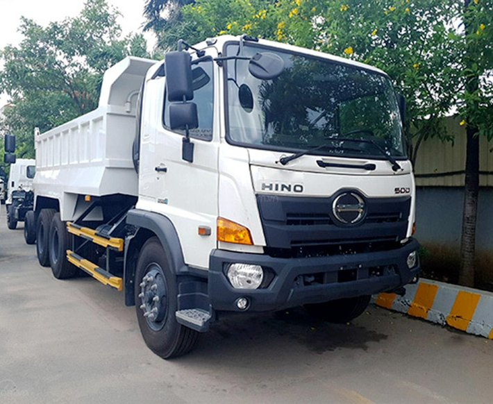 Xe ben Hino 3 chân FM, tải 15 tấn, thùng 10 khối0