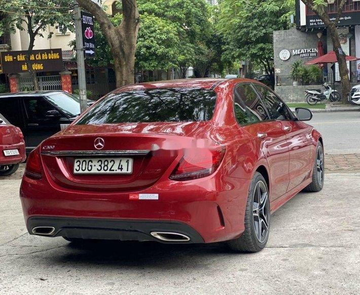 Cần bán lại xe Mercedes C300 sản xuất năm 20190