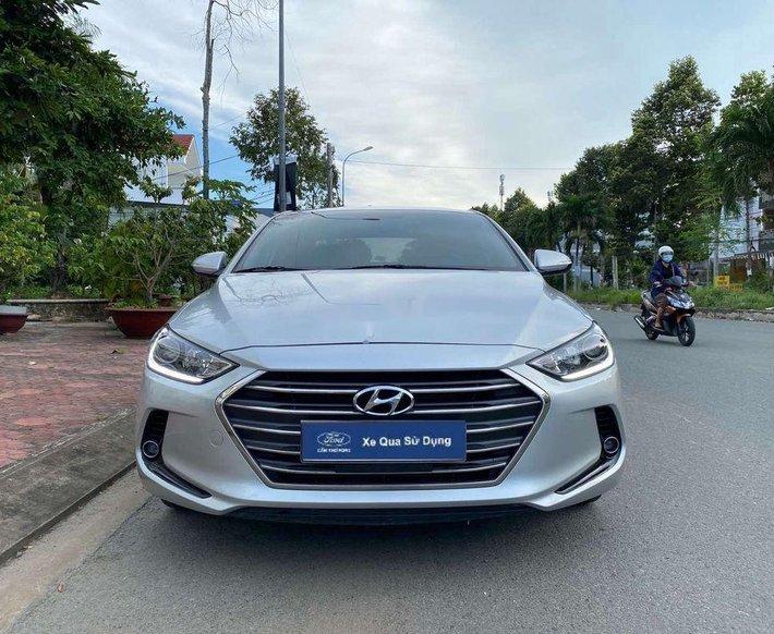 Cần bán lại xe Hyundai Elantra 1.6 GLS AT năm 2018, 540tr0