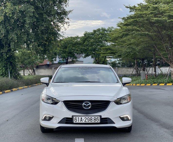 Cần bán xe Mazda 6 2.0G sản xuất năm 2016, giá 575tr0
