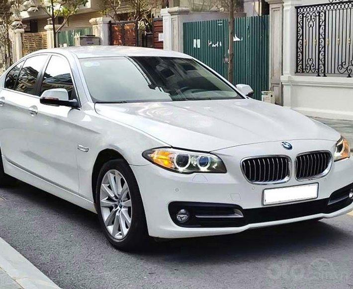 Cần bán xe BMW 520i sản xuất năm 2016, màu trắng, nhập khẩu  0
