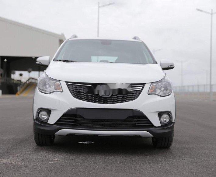 Bán ô tô VinFast Fadil đời 2021, màu trắng0