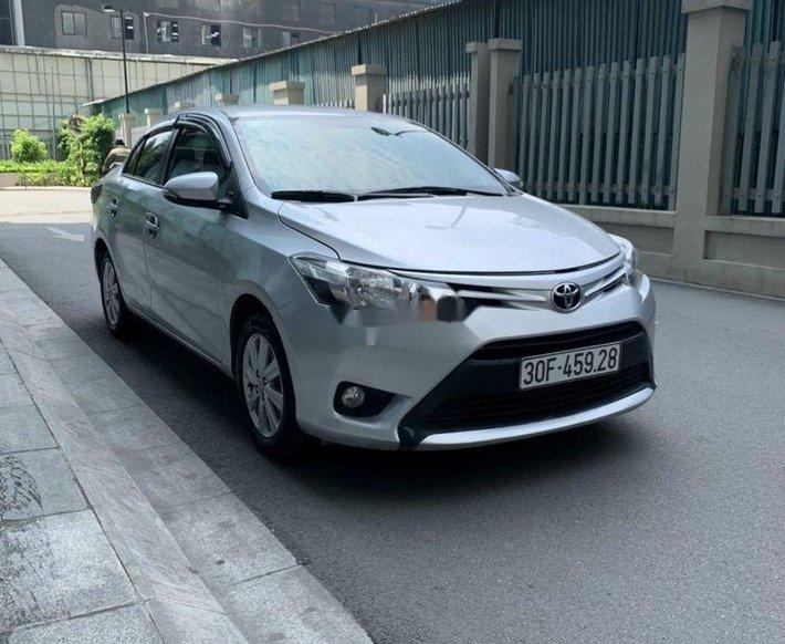 Cần bán Toyota Vios đời 2017, màu bạc còn mới, 395 triệu0
