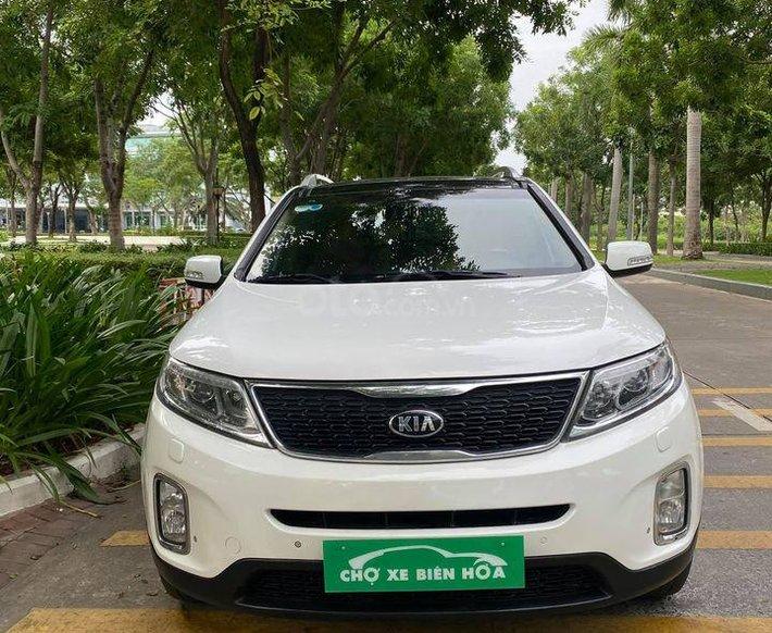 Bán xe Kia Sorento sản xuất năm 2016, màu trắng, xe nhập0
