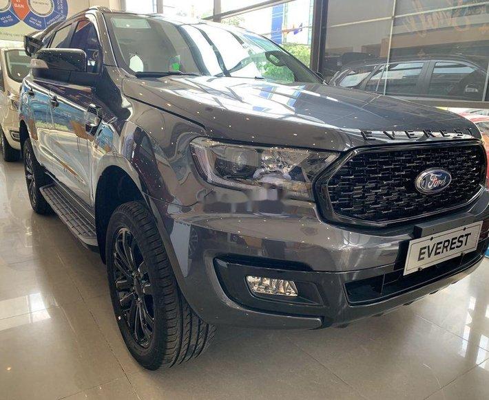 Cần bán xe Ford Everest năm sản xuất 2021, màu xám, nhập khẩu nguyên chiếc0