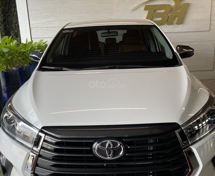 [Biên Hòa - Đồng Nai] Toyota Innova 2021, xe có sẵn giao ngay, km cực lớn tháng 6 đẩy lùi covid, liên hệ để có giá tốt nhất0