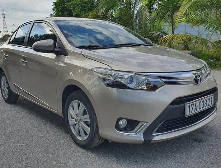 Bán ô tô Toyota Vios sản xuất 2015, màu vàng còn mới, 418 triệu0