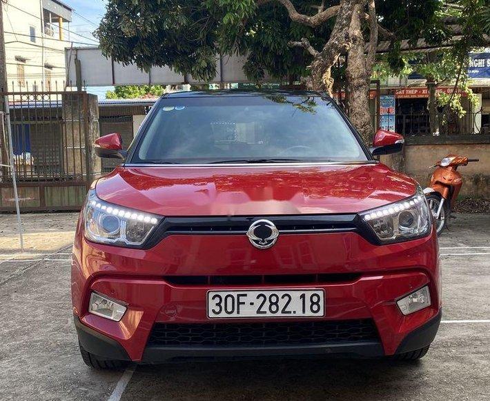 Cần bán Ssangyong TiVoLi đời 2018, màu đỏ, xe nhập0