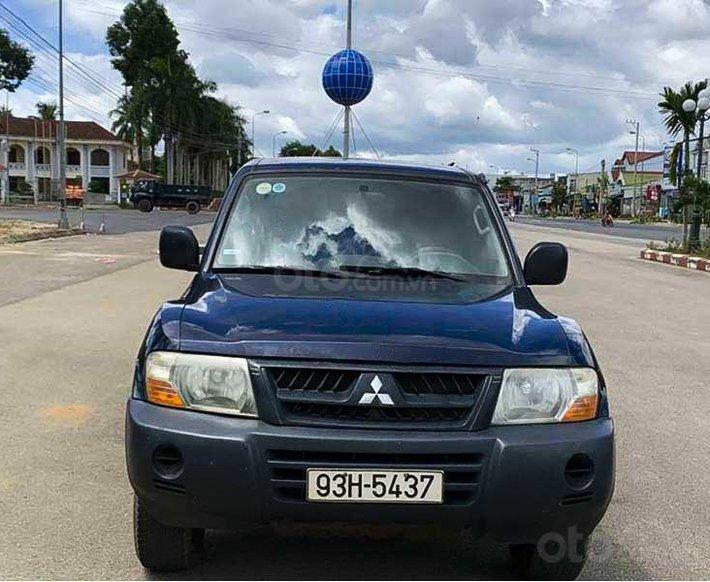 Cần bán lại xe Mitsubishi Pajero 2005, màu xanh lam 0