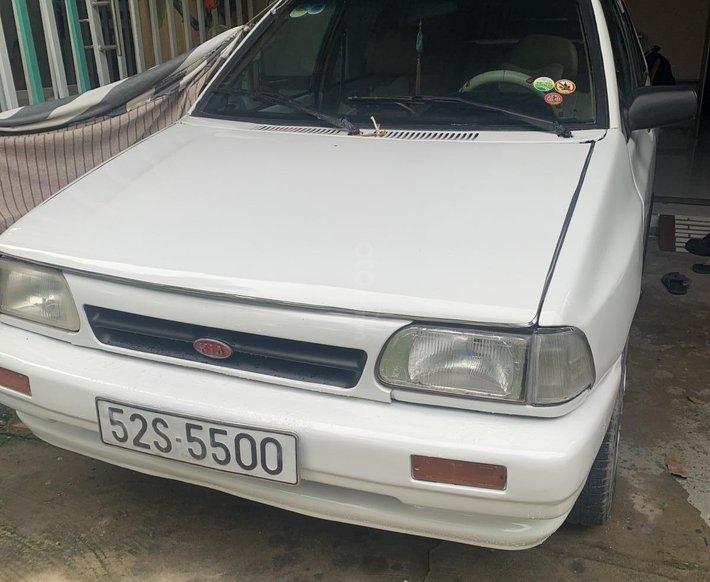 Cần bán Kia Pride năm 1995, màu trắng do có nhu cầu đổi xe0