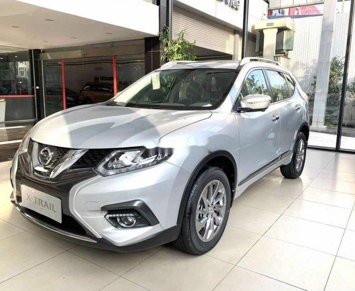 Bán Nissan X trail năm sản xuất 2020, màu bạc0