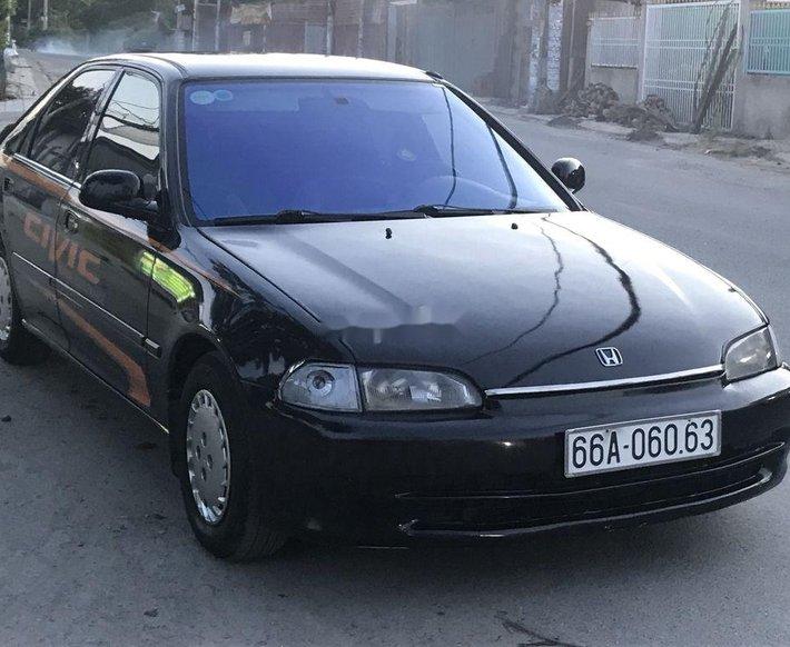 Cần bán xe Honda Civic năm 1999, giá tốt0