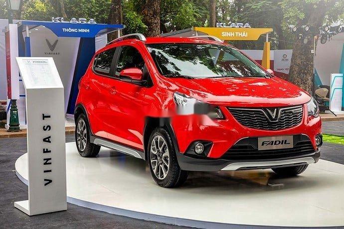 Bán xe VinFast Fadil sản xuất năm 2021, màu đỏ0