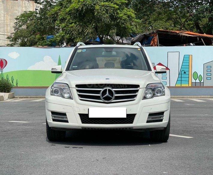 Cần bán lại xe Mercedes năm sản xuất 2010, màu trắng, nhập khẩu nguyên chiếc0