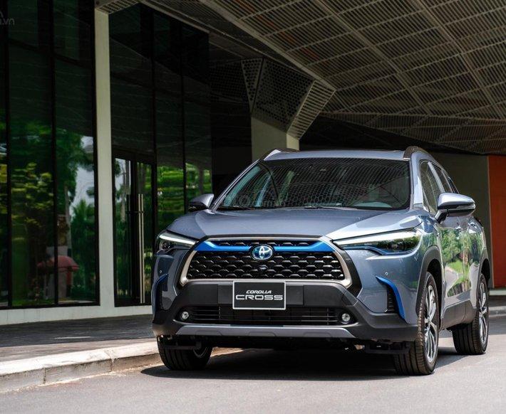Toyota Corolla Cross 2021, với 265 triệu nhận ngay xe, xe nhập nguyên chiếc hỗ trợ bank 85% giá trị xe, xe giao ngay0
