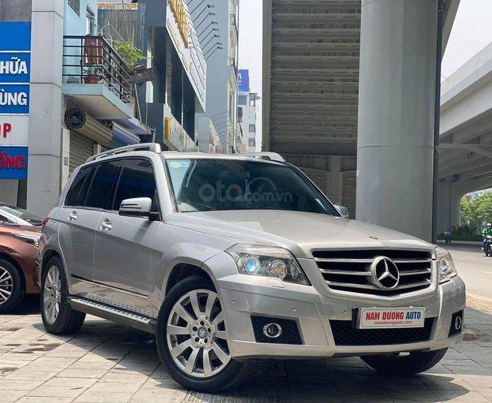 Cần bán Mercedes đời 2009, màu bạc, giá chỉ 550 triệu0