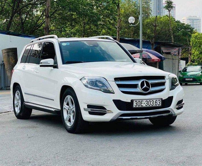 Cần bán Mercedes GLK 250 4 Matic đời 2014, màu trắng như mới0