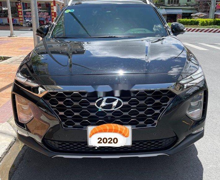 Cần bán gấp Hyundai Santa Fe năm 20200