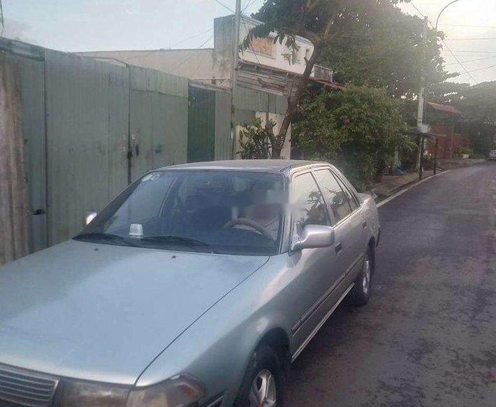 Cần bán lại xe Toyota Corona sản xuất 1989, màu bạc, nhập khẩu chính chủ giá cạnh tranh0