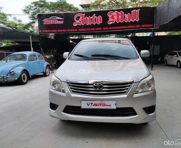 Mới về Innova sx 2013 E 2.0 MT, xe đẹp nguyên bản máy số zin, giá cực tốt0