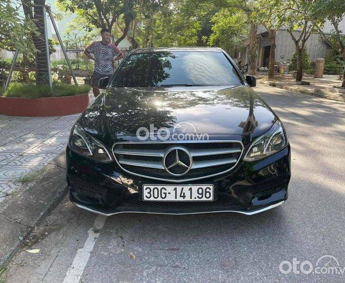 Cần bán nhanh với giá ưu đãi nhất chiếc Mercedes E250 AMG sx 20150