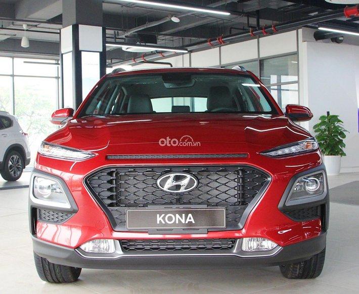 Hyundai Kona năm 2021, giá sốc, xả kho mùa dịch, giá chỉ còn 570tr, đủ màu, giao ngay0