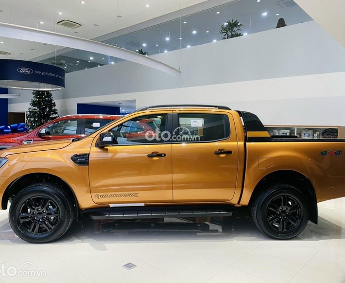 Bán ô tô Ford Ranger 4x4 AT Wildtrak sản xuất năm 2021 - full option - giảm giá chào hè cực hot0