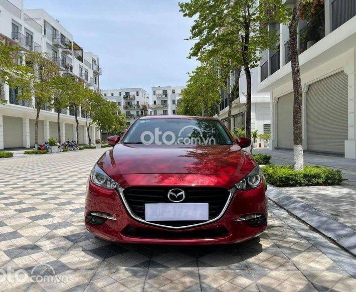 Bán Mazda 3 1.5 AT đời 2018, màu đỏ0