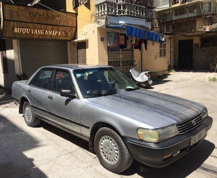 Cần bán lại xe Toyota Cressida đời 1992, màu xám, nhập khẩu nguyên chiếc chính chủ, giá 80tr0