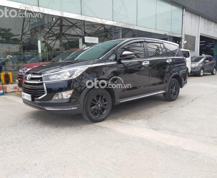 Bán ô tô Toyota Innova sản xuất năm 2019, màu đen0
