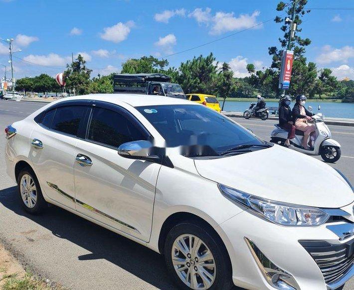 Cần bán lại xe Toyota Vios năm 2020 còn mới, giá tốt0