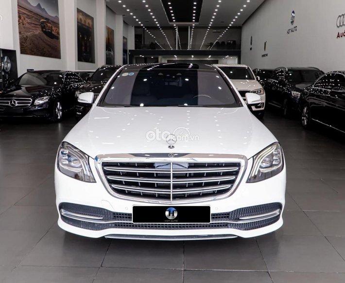 Cần bán lại xe Mercedes S450 năm sản xuất 2018, màu trắng, xe nhập0