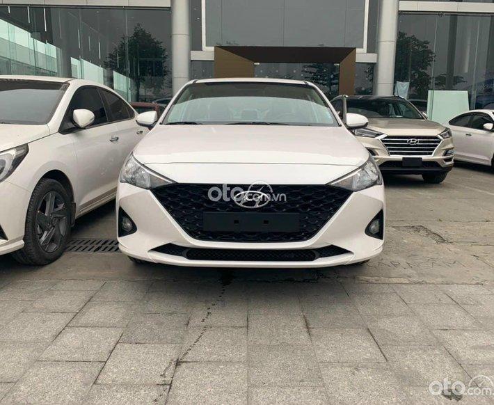 Bán xe Hyundai Accent 1.4AT sản xuất năm 2021, giá hấp dẫn, khuyến mãi đa dạng, hỗ trợ tận tình0