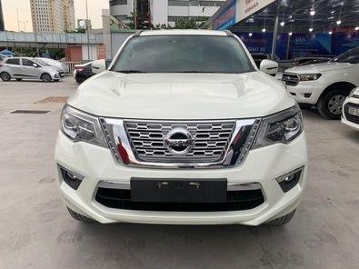 Cần bán lại xe Nissan Terra đời 2019, màu trắng0