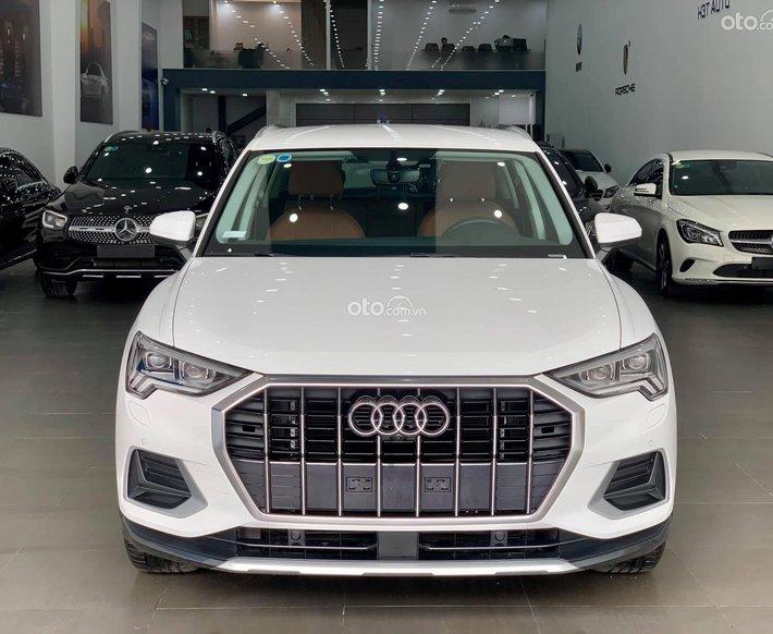 Audi Q3 cũ đời 2019, lăn bánh 3000km, nhập khẩu nguyên chiếc từ Đức0