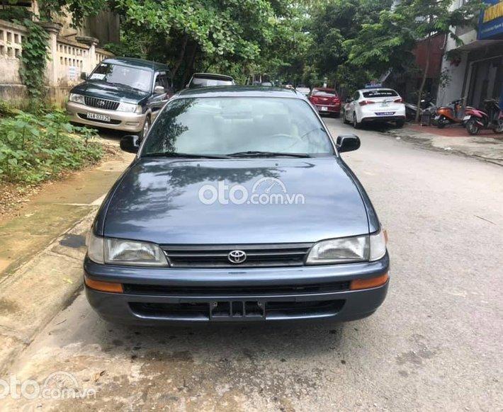 Cần bán xe Toyota Corolla 1997, xe nhập, 100tr0
