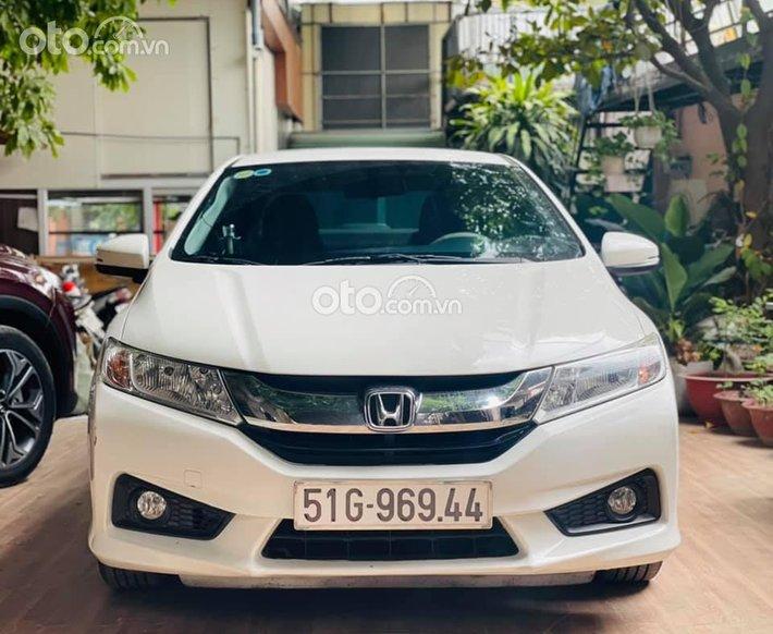 Cần bán Honda City CVT 2017, màu trắng, giá chỉ 409 triệu0