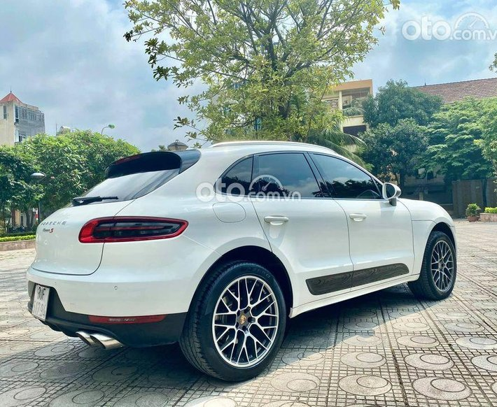 Cần bán lại xe Porsche Macan sản xuất năm 2015, màu trắng, nhập khẩu nguyên chiếc0