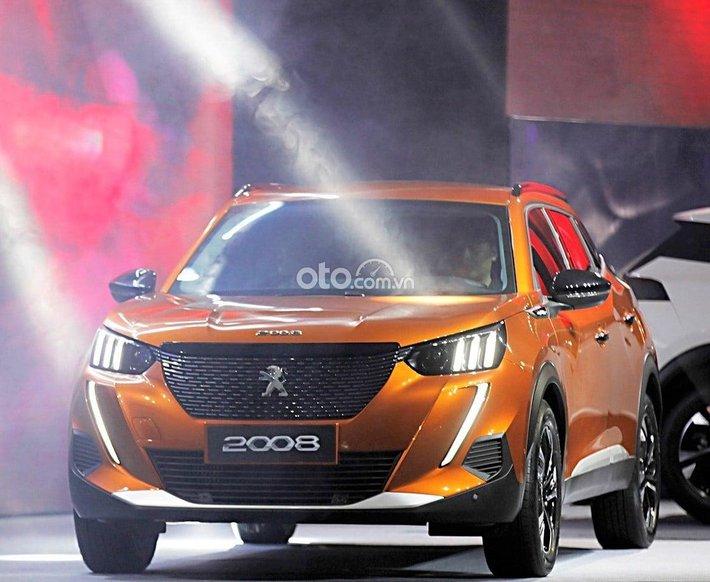 Bán xe Peugeot 2008 đời 2021, màu nâu, nhập khẩu, giá tốt0