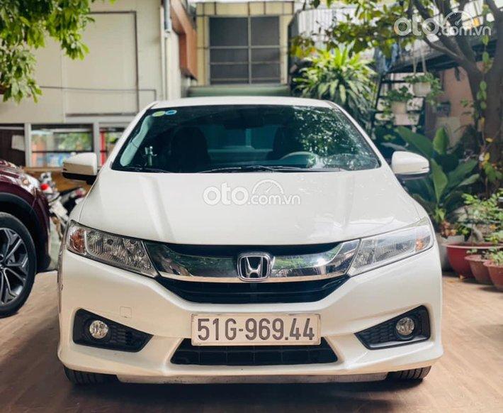 Bán Honda City CVT sản xuất năm 2017, màu trắng, 429tr0