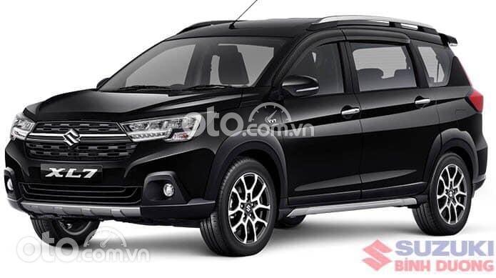 Bán xe Suzuki XL 7 sản xuất năm 2021, màu đen0