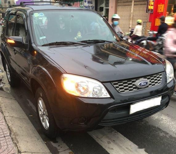 Bán ô tô Ford Escape sản xuất năm 2011, màu đen còn mới0