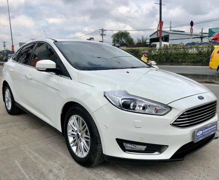 Xe Ford Focus sản xuất 2018 còn mới0