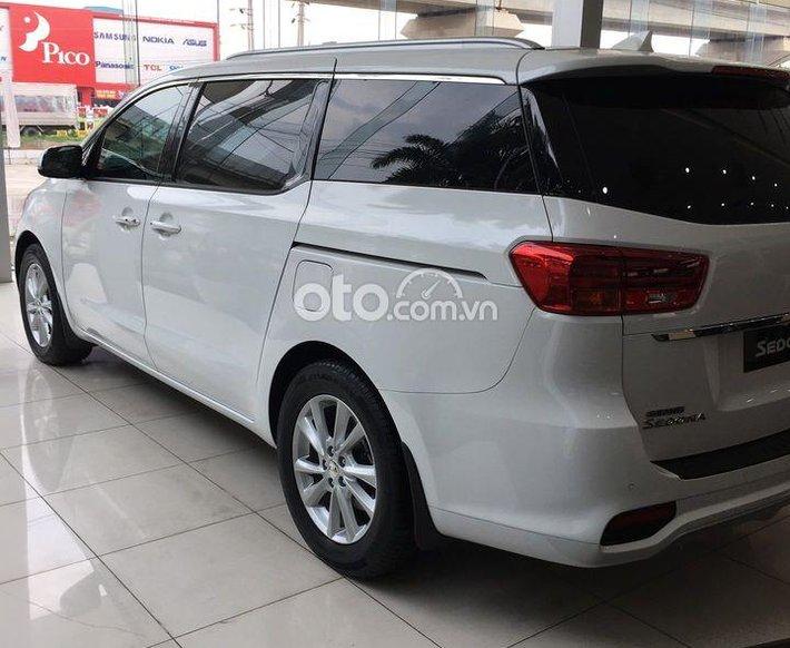 Bán ô tô Kia Sedona 2.2 GAT Signature 2021 - Ưu đãi lên đến 20 tr0