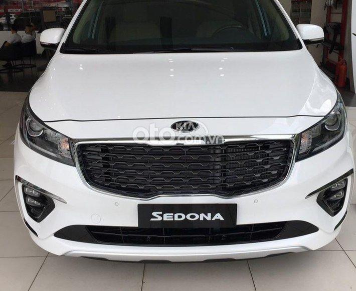 Bán xe Kia Sedona 3.3 GAT Premium sản xuất 2021 - Hỗ trợ trả góp lên đến 80% thủ tục nhanh chóng0
