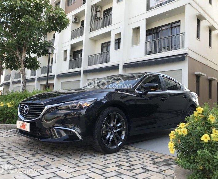 Bán Mazda 6 Premium đời 2019, màu đen0