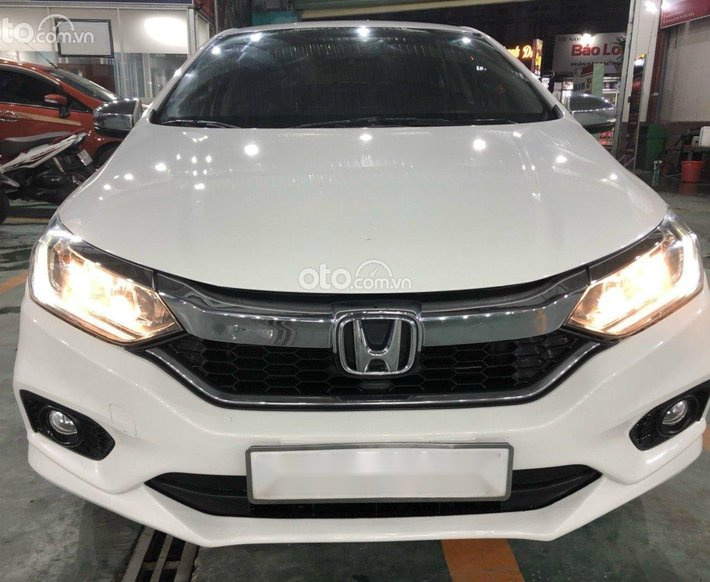 Bán xe Honda City CVT 1.5 2018 mới 98% giá rẻ nhất thị trường0